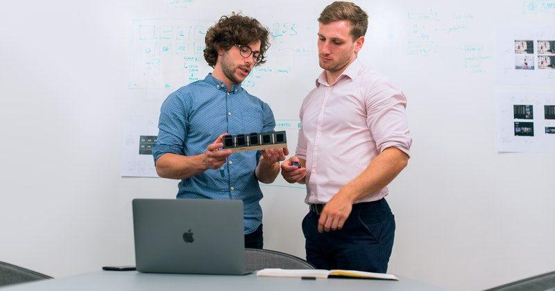 engineers-in-meeting-3912477 (1)